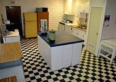 Desert Oasis Mobile Home & RV Resort kitchen
