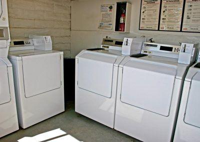 Desert Oasis Mobile Home & RV Resort laundry